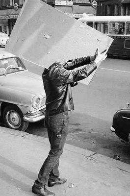 mirror makes man's head disappear