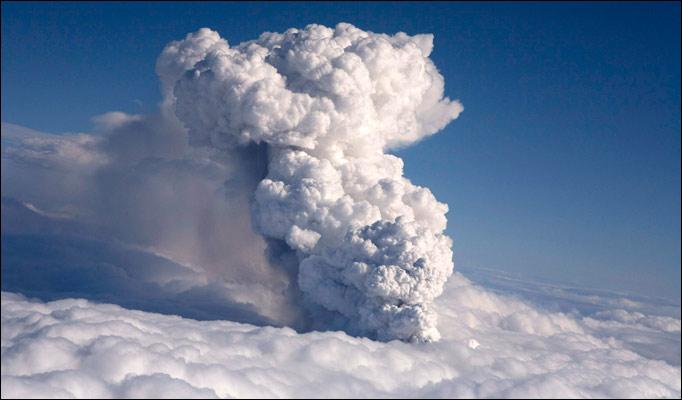 volcano-ash-plume